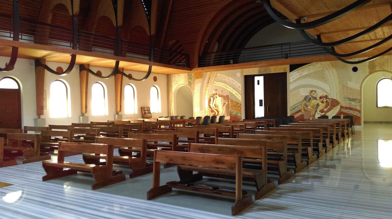 Monastery Regina Carmelului Ciofliceni